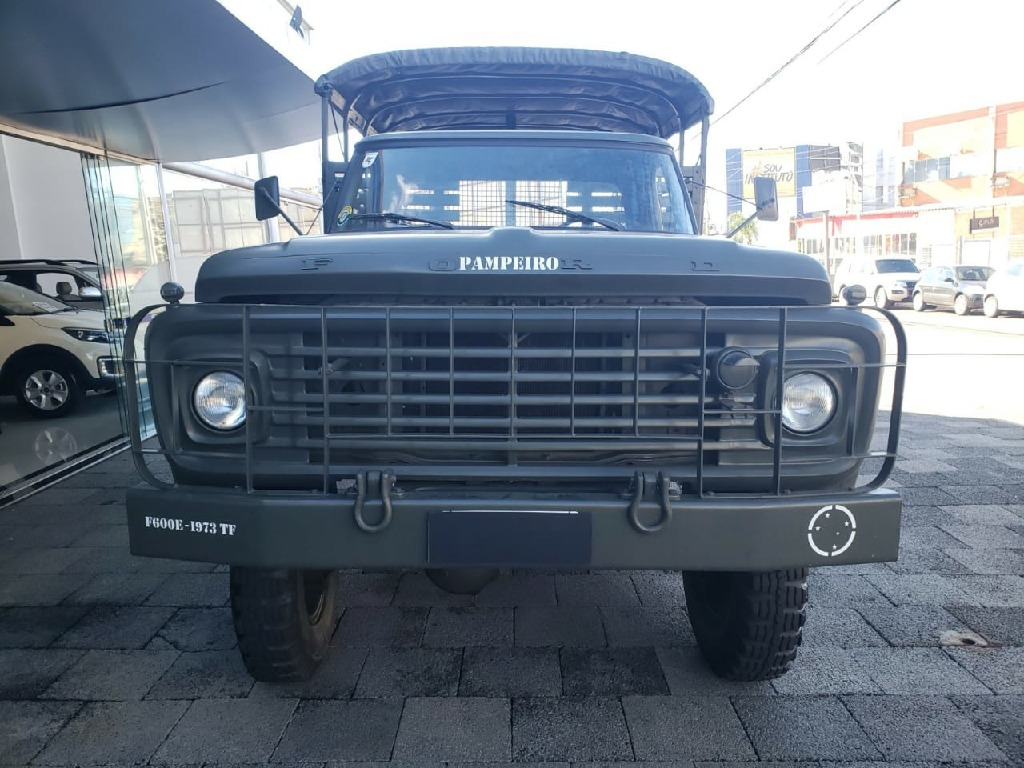 FORD F-600 4X2