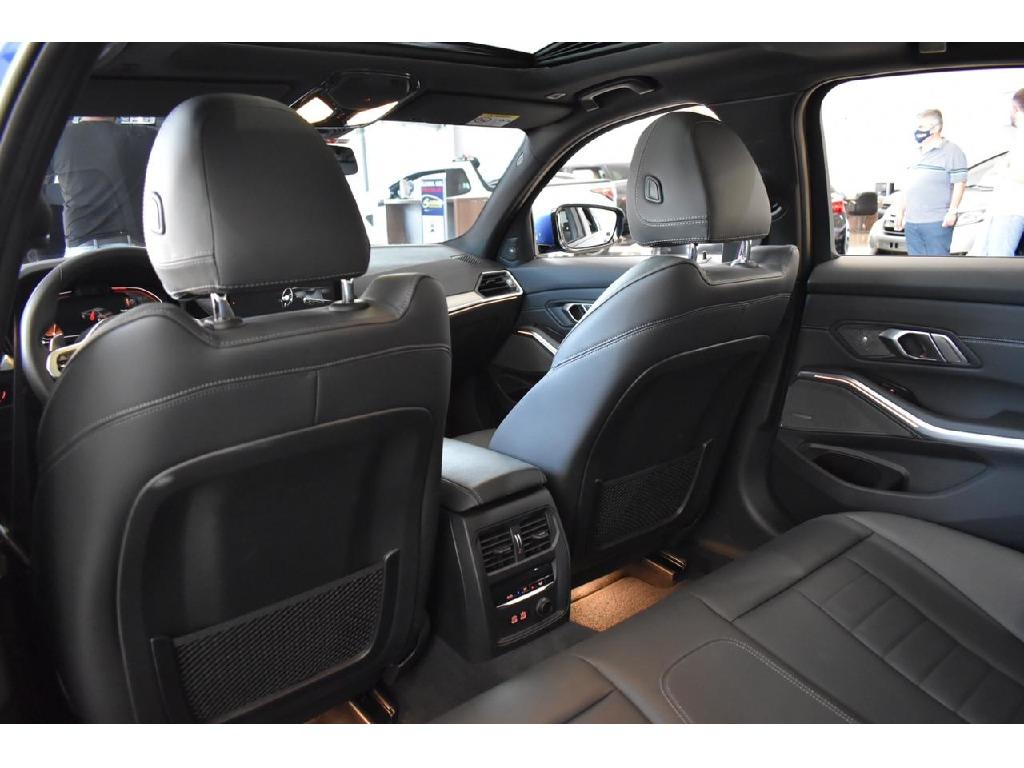 BMW 330I 2.0 16V TURBO GASOLINA M SPORT AUTOMATICO